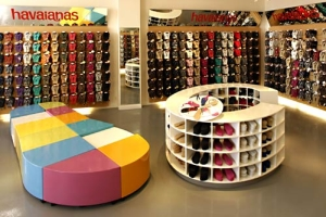 HAVAIANAS FOOTWEAR STORE OPENS IN HUNTINGTON BEACH
